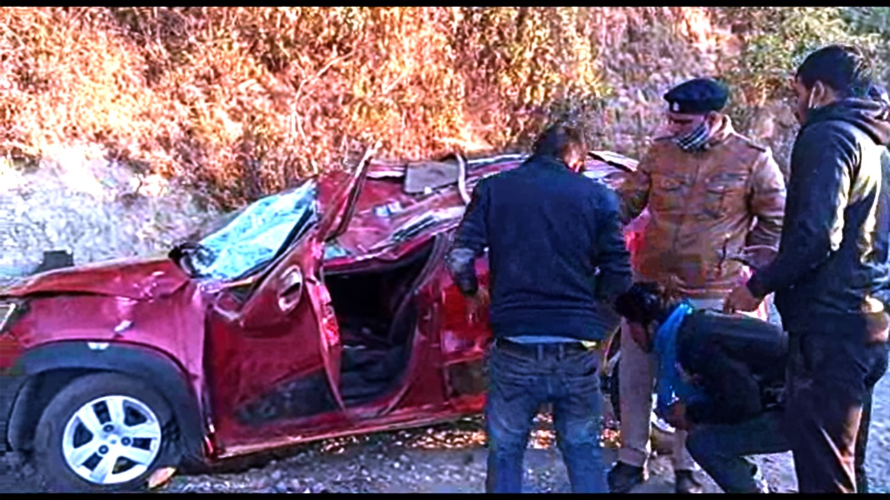 Three dead and three seriously injured in a car accident