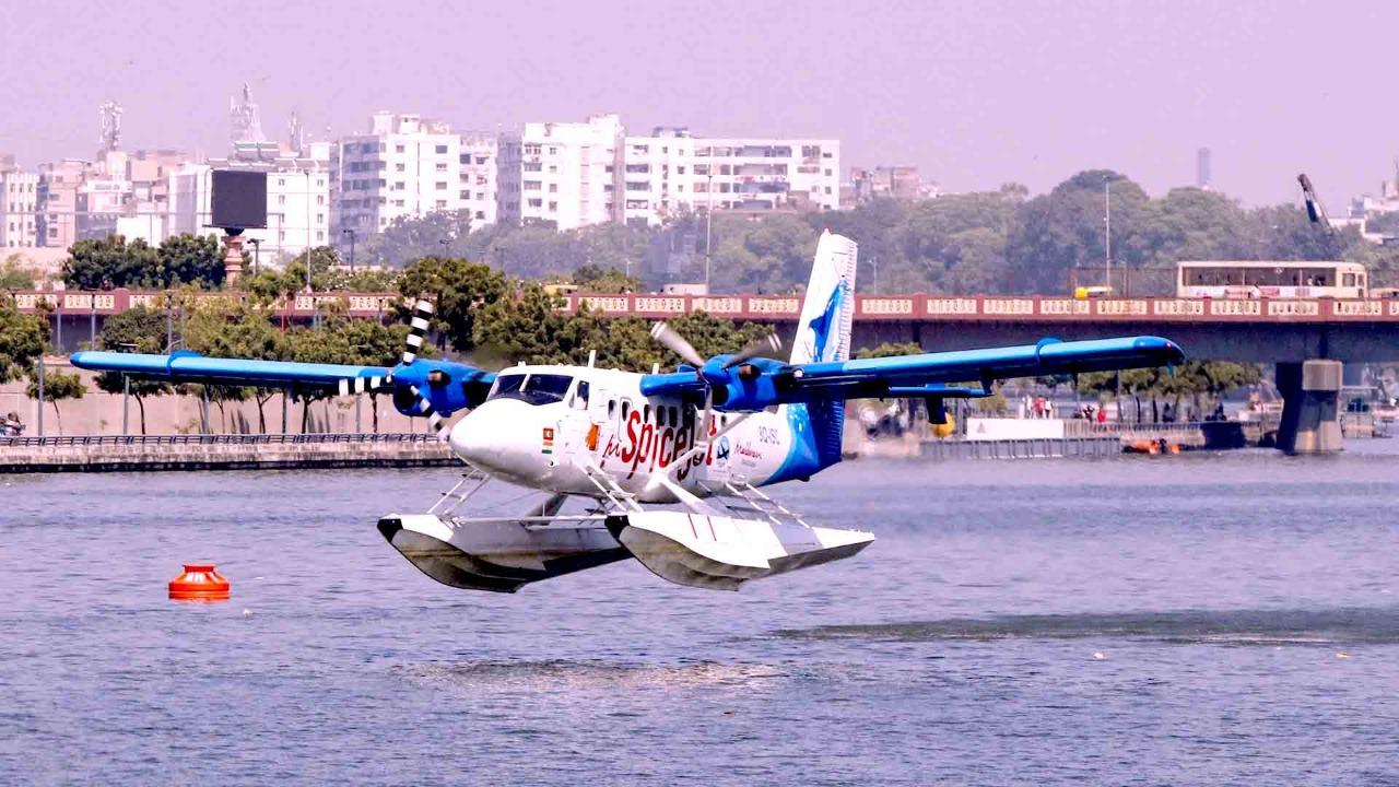India's first sea plane service in Gujarat, Modi was first Passenger